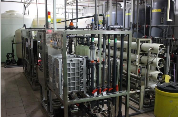 制药厂超纯水制取新宝5app下载,EDI高纯水制取装置